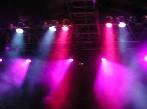 stage-lighting-1-743103-m