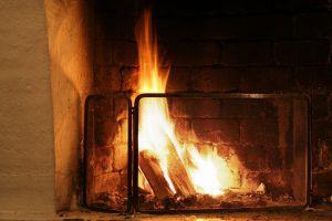 fireplace-418477-m