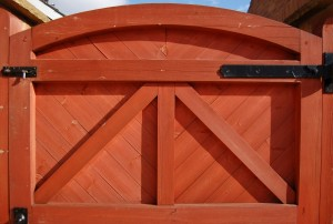 wooden-gate-1380922-m